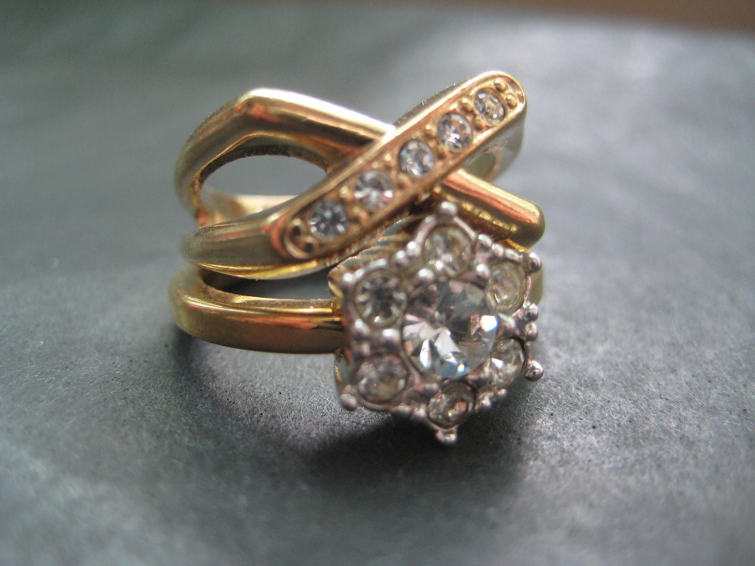 Vintage 80 S Avon Set Of 2 Rhinestone Rings