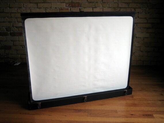 Vintage Portable Screen : Vintage raven screen deluxe box model portable projection