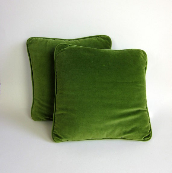 Olive Green Decorative Pillow : Decorative Pillow 60s / Olive Green Velvet / Set of 2