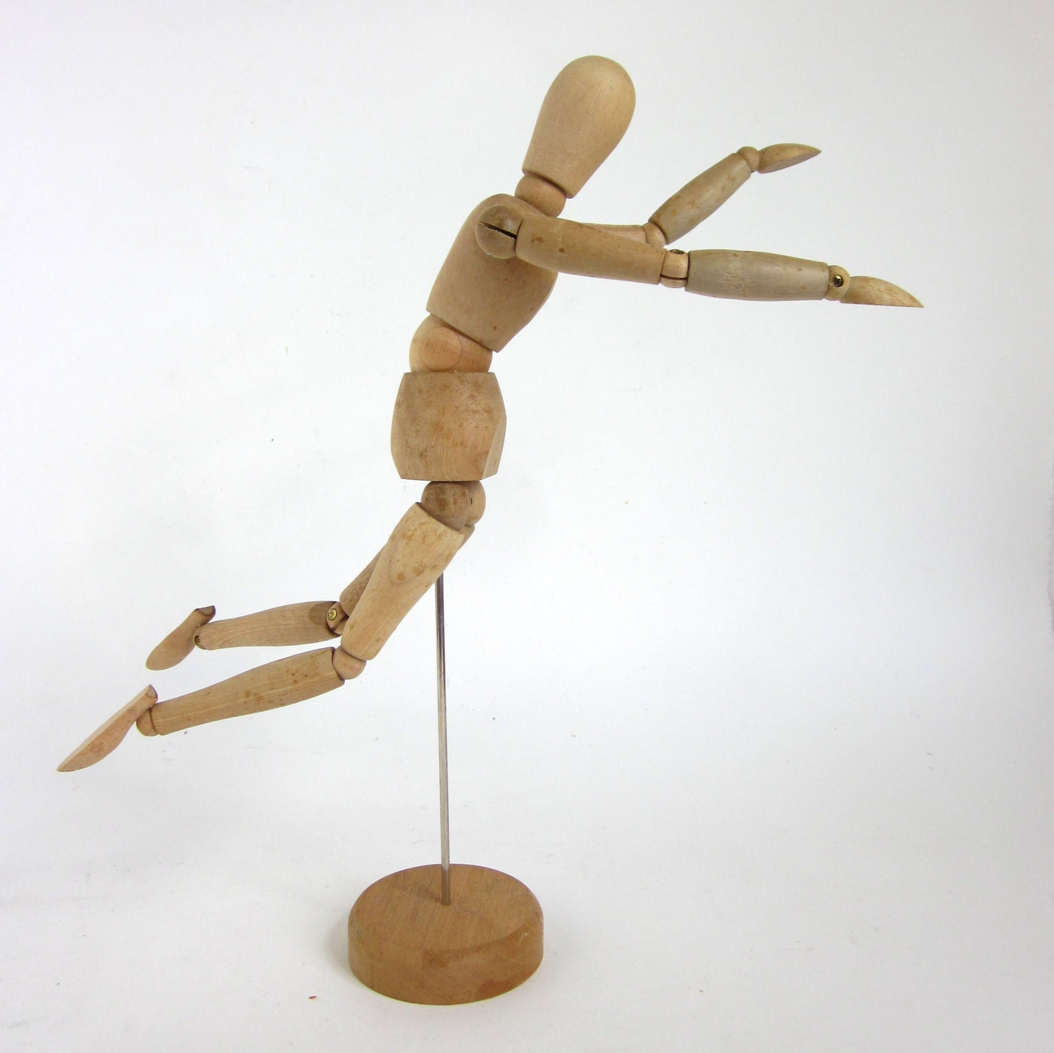 This is a picture of Accomplished Wooden Drawing Mannequin