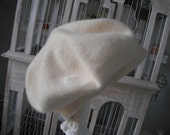 Vintage Angora beret, wool hat, Winter white hat, Winter white wool hat, winter white beret, ladies winter hat, winter hat, ladies hat