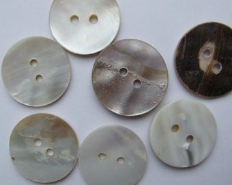 Buttons Mother of Pearl  2cm in size