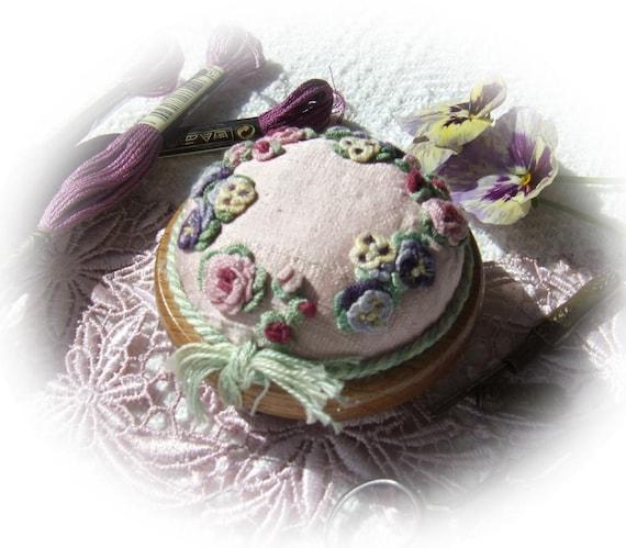 PP7 Pansies and Roses Pincushion Kit