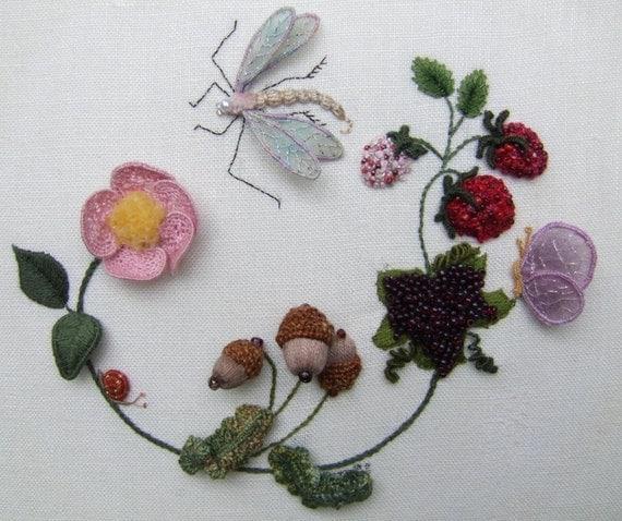 Dragonfly Wreath Stumpwork Kit