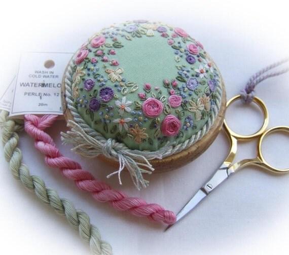 PP15 Sunshine and Flowers Pincushion Kit