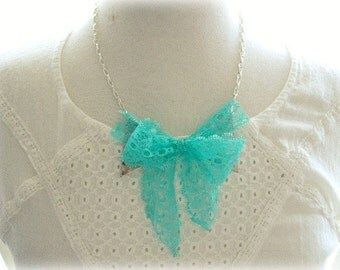 ON SALE  Silver Collar Tips with Green Lace Bow Necklace