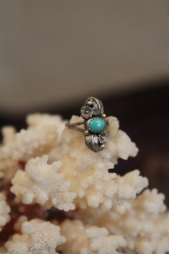 Turquoise ring native american indian sterling silver -- double leaf and flower design -- light patina  SALE FREE SHIPPING