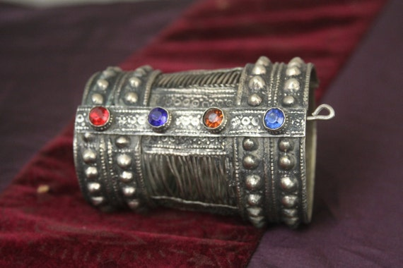 Tribal silver cuff bracelet -- old Kuchi jewelry - red and blue glass stones -- pin closure -- heavy patina FREE SHIPPING SALE