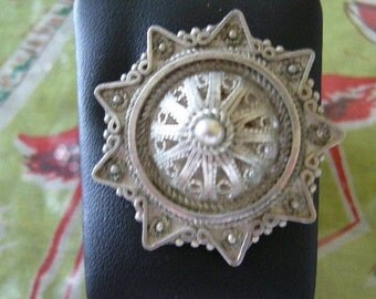 VINTAGE SILVER JEWISH Brooch, Yemeni Jewelry Style, Israeli Made at A Vintage Revolution