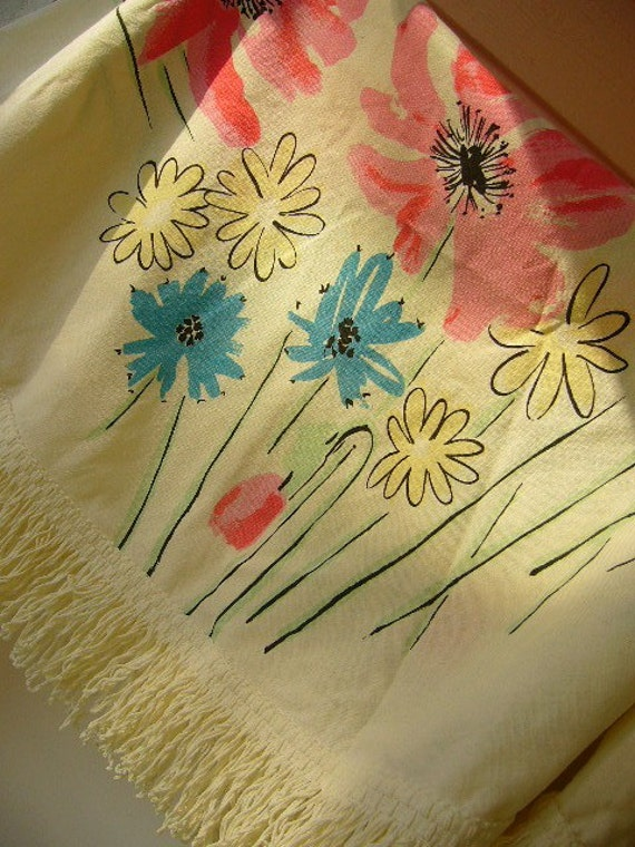 Vintage Vera Tablecloth Round With Spring Flowers