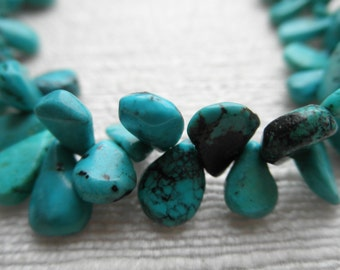Turquoise necklace - teardrop cluster - H A L E Y 064