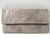 STYLISH LEATHER CLUTCH - Women's Leather Clutch - in Smooth Light Grey