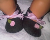 Dark grey with pink rose baby felt shoes