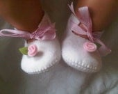 White with a pink rose baby felt shoes