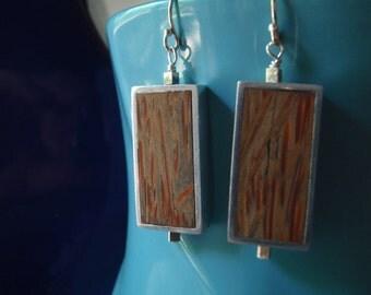 "Brushed aluminum framed ""old"" palmwood rectangle earrings"
