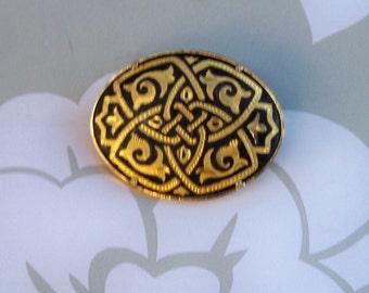 Damascene Vintage Pin // Beautiful Scarf Pin //  Unique Design with Rare Trombone Clasp