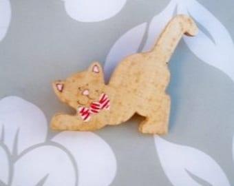 Handmade Kitty Pin //  hand painted //  Wooden Kitty Pin //