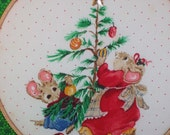 Christmas Mice Around the Tree Wall Decor Mama Mouse and Child