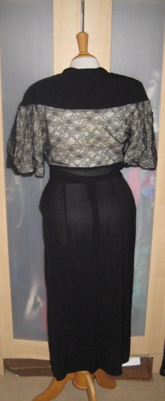 SALE Amazing 40s vintage Film Noir Illusion wiggle dress