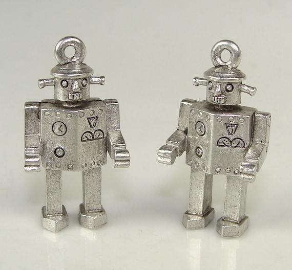 2 Tin Man Robot Charms Pewter (31516)