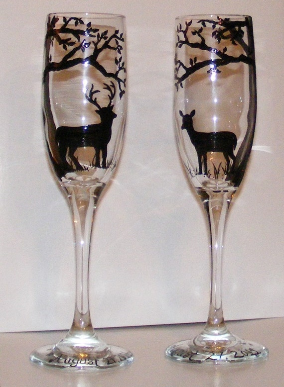 Deer in the woods champagne flute set