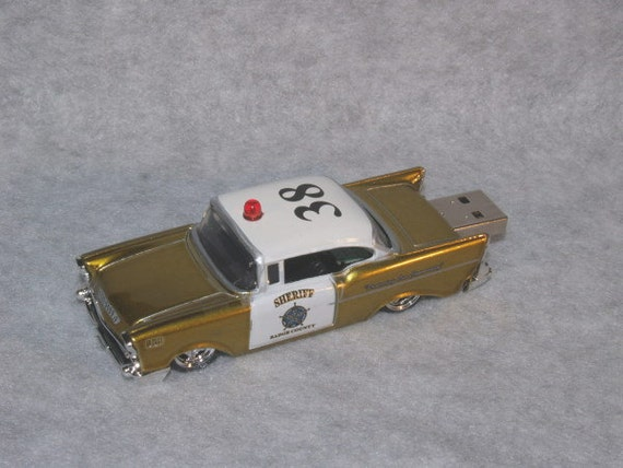 4GB 1957 Chevrolet Sheriff Patrol Flash Drive