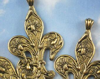 3 Fleur de Lis with Raised Lilies Antique Gold Pendants (P575)