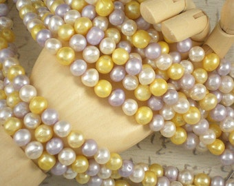 Freshwater Pearls Pale Lavender, Butter & White Colorwave - 16 Inches (4110)