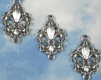 10 Antiqued Silver Tone Fleur de Lis Scroll Edge Charm Connector Links NOLA (P766)