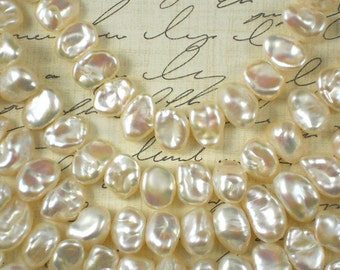 """16"""" of Creamy White Keishi Side Drilled Hong Kong Pearls  High Luster (4092)"""