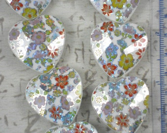 12 Large BLING Floral Heart Beads Metallic Flowers on White Faceted Acrylic - Perfect Wedding Table Decorations (299)