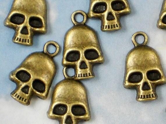 15 Bronze Terminator Skull 18mm Charm Pendants (P524)