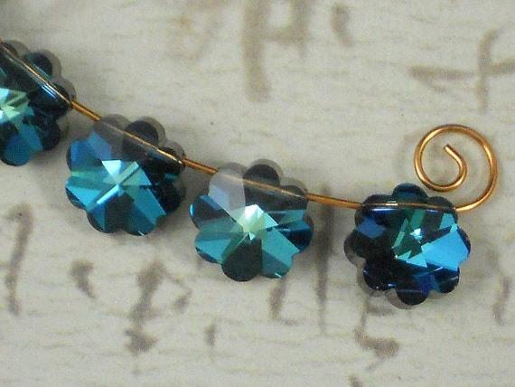 10 Vintage Swarovski Flower 10mm Margarita Bermuda Blue II Corona Top Drilled Beads Art 5110 - (6006)