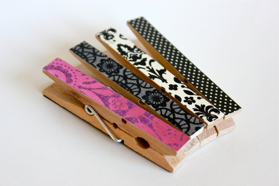 4 Magenta Gothic Magnetic Clothespin Clips