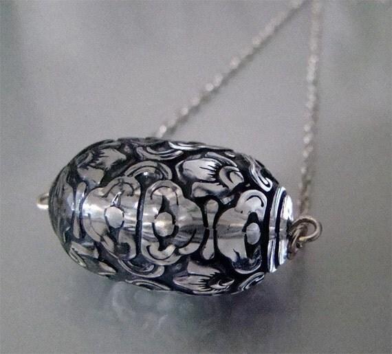 Flourish Necklace