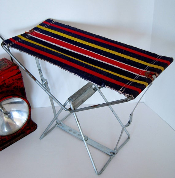 Vintage Folding Striped Metal Canvas Camping Beach Chair