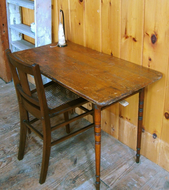 Antique Turn Of The Century Wood Folding Sewing Tailor Table