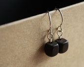 dots earrings - choco chunk