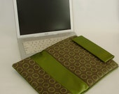 Laptop Sleeve/Case in Green and Gray