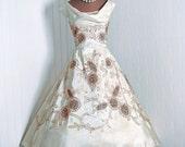 1950's Vintage Ceil Chapman Designer-Couture Beaded Ivory-White Taffeta & Metallic-Gold Lace Draped-Plunge Full Circle-Skirt Party Dress