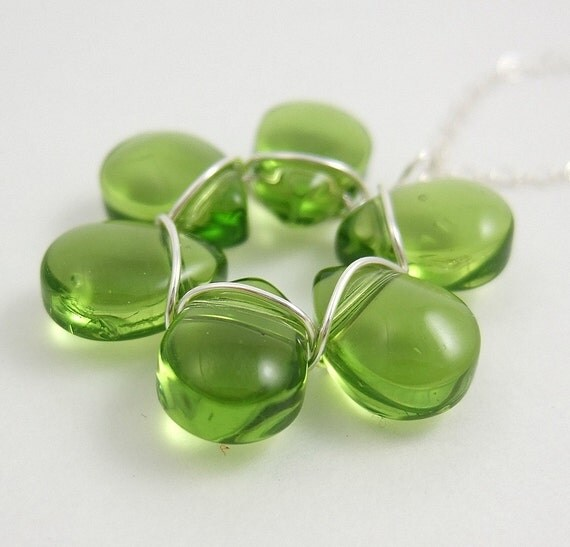 Green Glass Flower Necklace FP-59