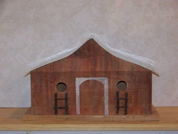 Wooden  Birdhouse Red Barn