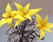The Lily of The West - Origami Flower Designed by PaperDisciple - Yellow Flora
