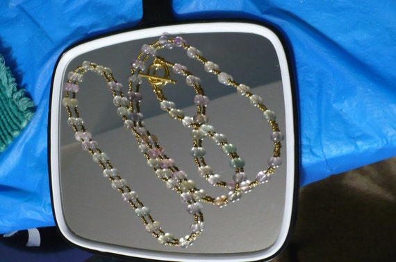 40 in. necklace of green fluorite and golden toggle clasp