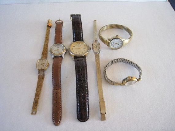 6 VINTAGE WRIST WATCHES TIMEX ACQUA DEAUVILLE GOLD TONE LEATHER