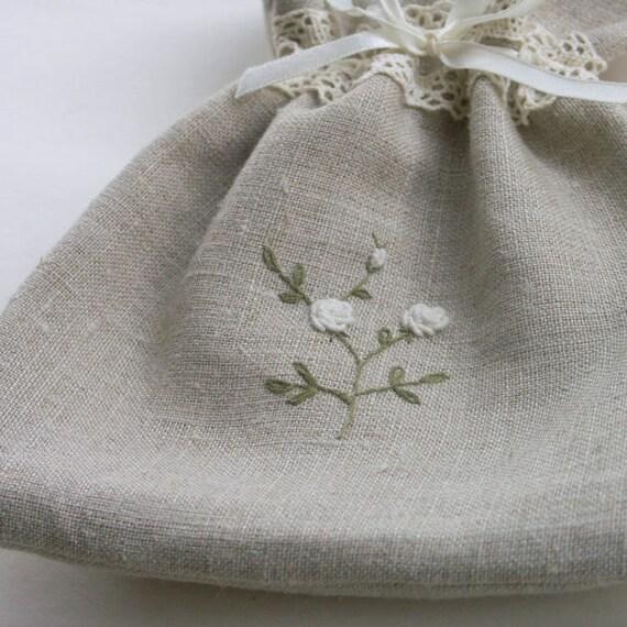 Linen drawstring bag embroidered rose