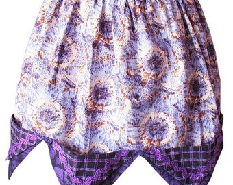 PURPLE PASSION To The POINT Gothic Violet Tones Half Apron Size Medium for Domestic Gothic Goddess with 5 Pockets