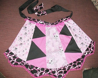 Lolita Goth Pink and Black Skully Skulls Apron Size Medium for Domestic Gothic Punk Goddess with POCKETS