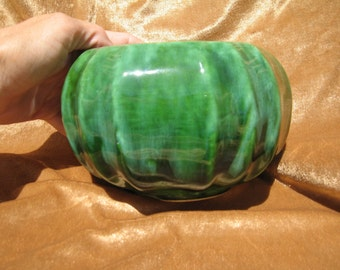 California Pottery Vintage Green Drip Vase CALIF USA P81