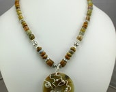 Agate Necklace with Donut Pendent